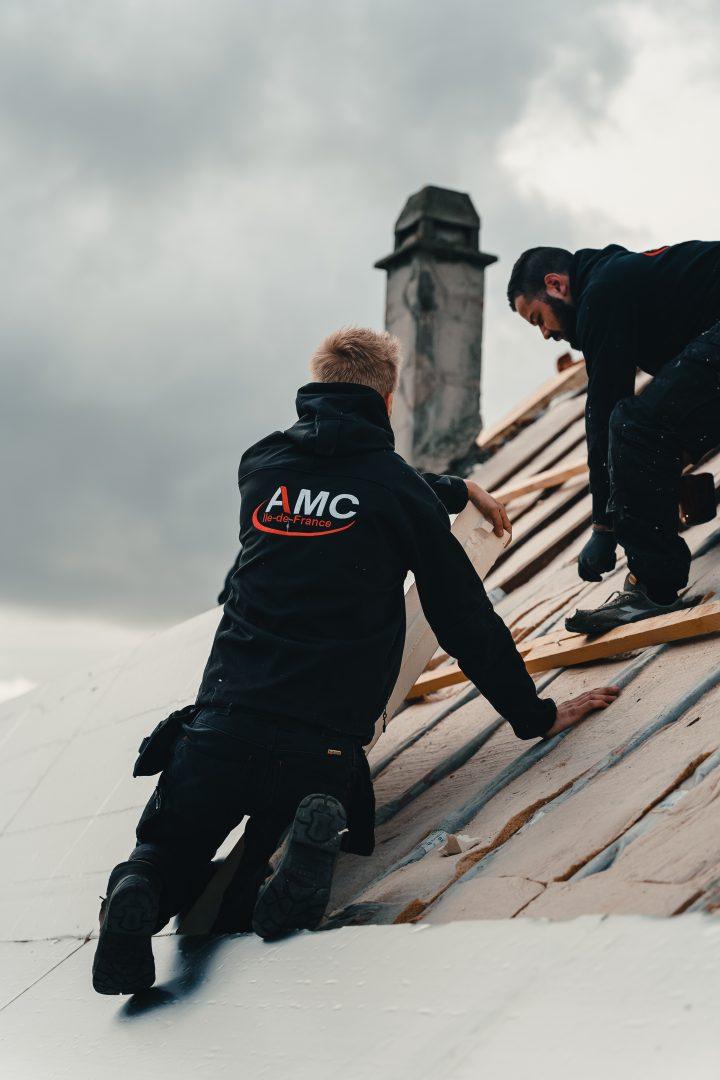 AMC IDF sur un toit
